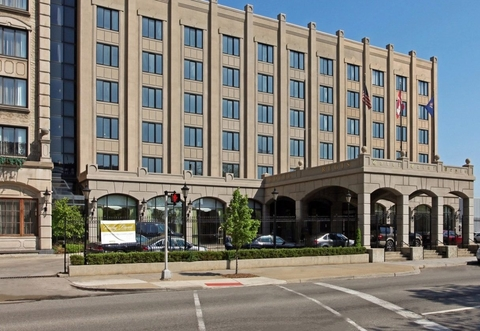 Invictus Equity takes controlling stake in Detroit's Hotel