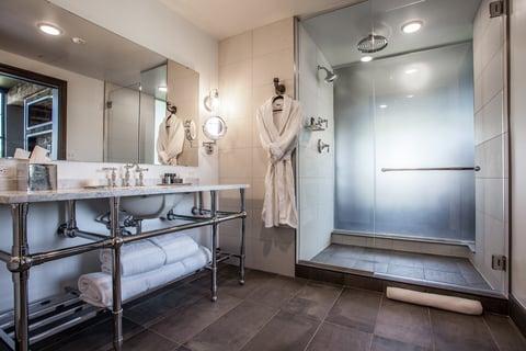 Hotels Tackle Unique Bathroom Design Challenges Hotel Management