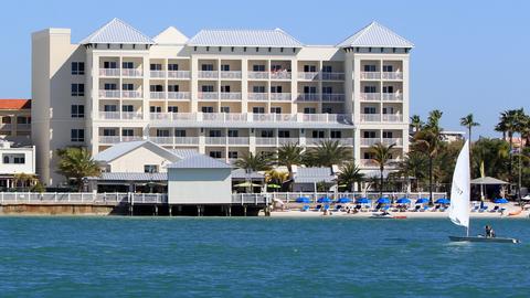 Shephard S Beach Resort Maximizes Guest Connectivity