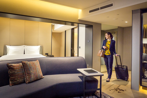Hotels Get Smarter With New Connected Lighting System