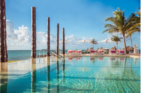 Club Med Cancún Yucatán pool