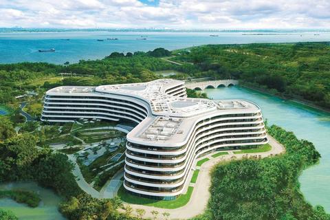 How minimalism influenced the design of LN Garden Hotel, Nansha Guangzhou by 3LHD.