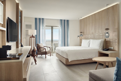 G+G Interiorismo transforms interiors of JW Marriott Cancun.