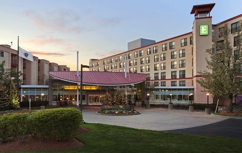 Rockbridge selected Pyramid Hotel Group, which has experience in the Greater Boston area, to operate the hotel.