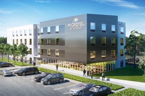 Hoefer Wysocki helps design Microtel by Wyndham 'Moda' prototype.