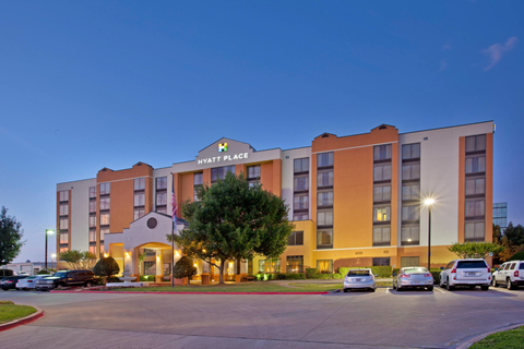 Exterior of Hyatt Place Dallas/Arlington