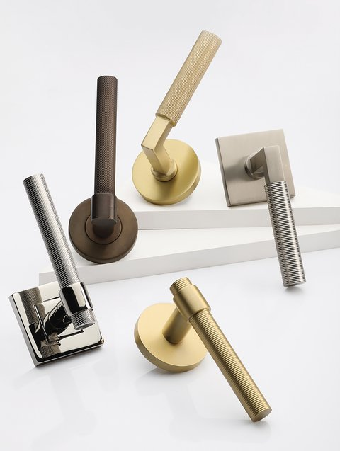 With either a knurled or reeded detail, the levers add both visual and tactile interest to a door or entryway.