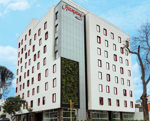 Hampton reaches 2,500th hotel milestone | Hotel Management