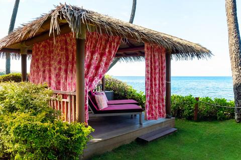 Jana Lam designs 'Cabanas for a Cure' in Hyatt Regency Maui Resort and Spa.