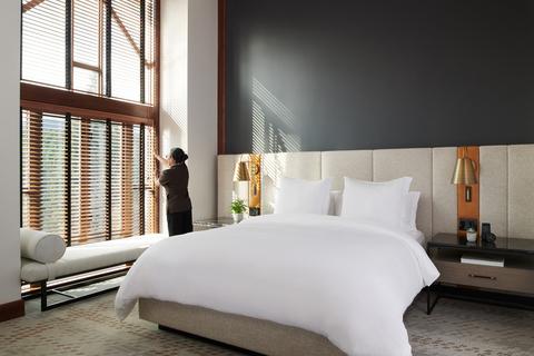 Dialog renovates Four Seasons Hotel Whistler.