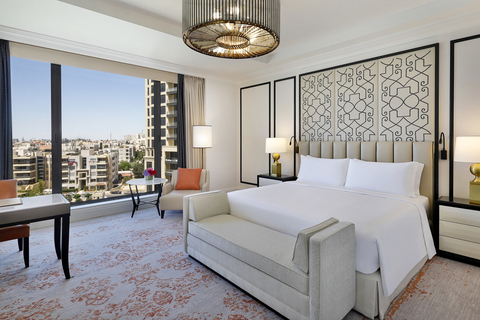 St. Regis Hotels & Resorts debuts in Jordan.
