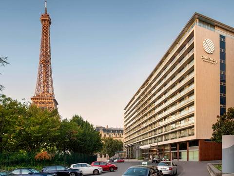 Accor Pullman Paris Tour Eiffel