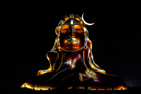 Adiyogi_projectionmapping2.jpg