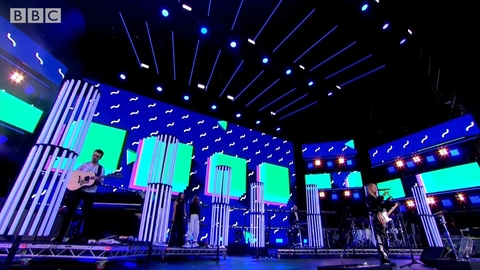 BBC Big Weekend - Ellie Goulding 3 (Medium).jpg
