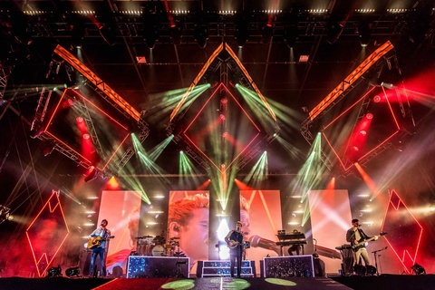 Dandy's Lighting Reflects Kodaline's Persona With CHAUVET Professional ÉPIX Strip Tour