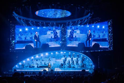 Michael Bublé Tour - Stufish Entertainment Architects (courtesy of Solotech)