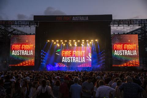 Robe Fire Fight Australia fir160957576.jpg