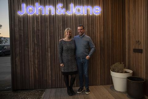 Robe John & Jane Katrien Vermeire and Nico Laniere  joh141810328.jpg