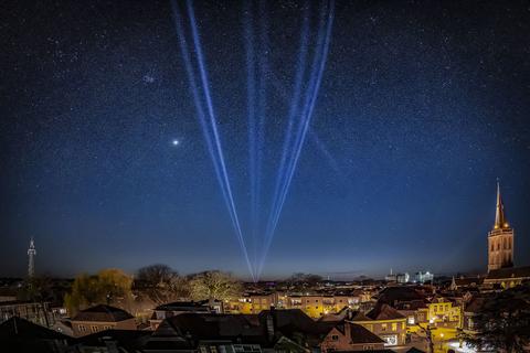Robe Light The Sky Flashlight light lochem-1.jpg