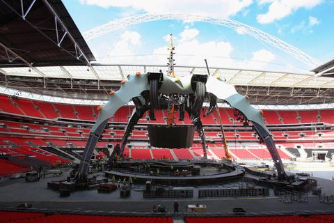 U2 360 Tour Claw