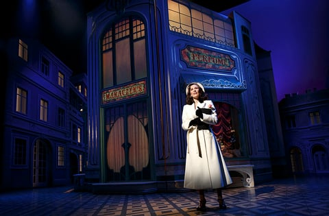 The Broadway Revival Of She Loves Me Livedesignonline