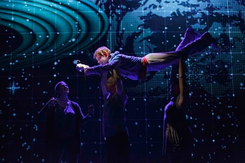 Eos Ti takes center stage in quotThe Curious Incident of the Dog in the Nighttimequot