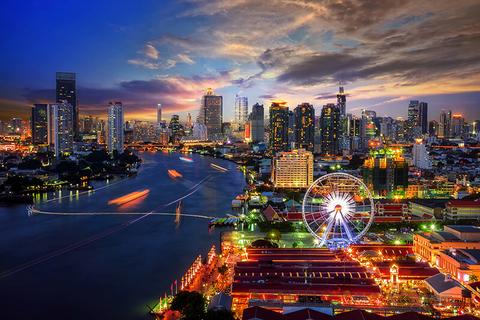Bangkok, Thailand skyline at night