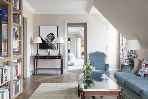 Josephine Baker suite, Le Bristol