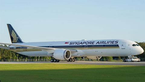 Singapore Airlines 787-10