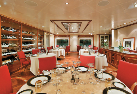 Silver Whisper underwent a big makeover in 2016. Le Champagne is a Relais & Châteaux restaurant on the ship that has a rotational menu and serves seasonally inspired dishes.