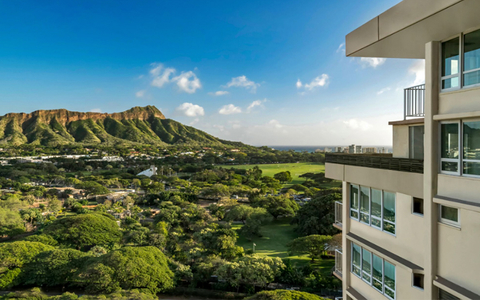 Queen Kapiolani Hotel In Waikiki Names New Director Of S Marketing