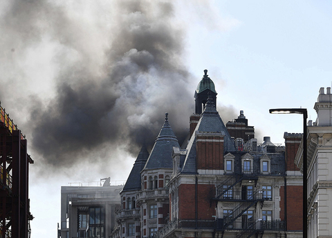 Mandarin Oriental Hyde Park, London fire