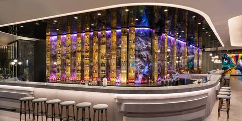 W Brisbane Living Room Bar