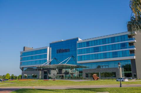 Hilton Pilar