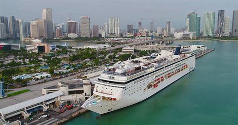 MSC Armonia in Miami