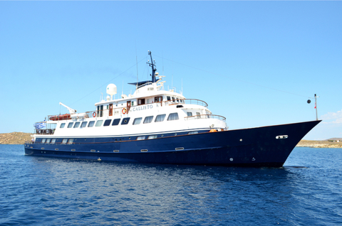 Exterior of M/Y Callisto in the water