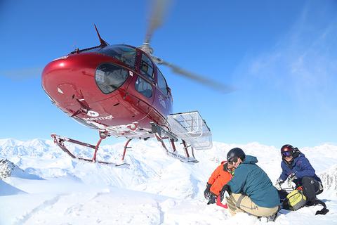 Tordrillo Mountain Lodge heli skiing