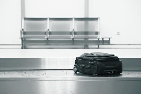 luggage on baggage claim