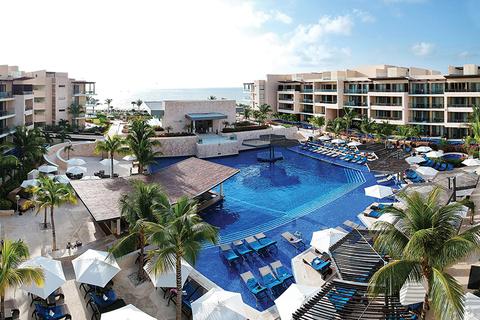 Hideaway at Royalton Riviera Cancun - Blue Diamond Resorts