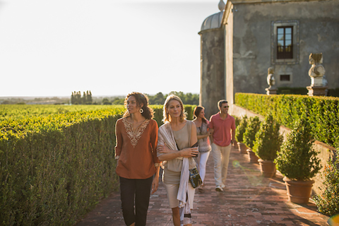 Globus tour to a winery