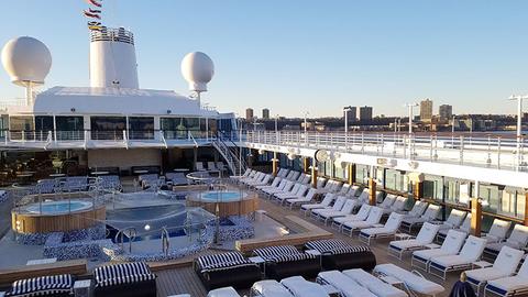 Oceania Insignia Pool Deck