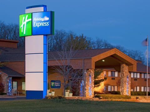 Both Hotels Are Being Built By Jsk Hospitality The Holiday Inn Expected To Open This