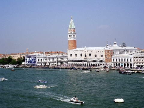 Venice cruising Editorial Use Only Copyright by Susan J Young Europe cruise