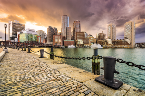 The hotel will consist of 1,054 guestrooms in two towers. The property will be located across the street from the Boston Convention and Exhibition Center.