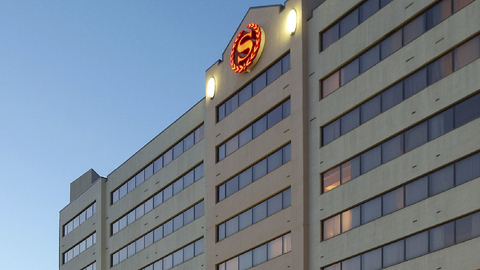 Aj Capital Partners S Sheraton Iowa City Plans Graduate Conversion