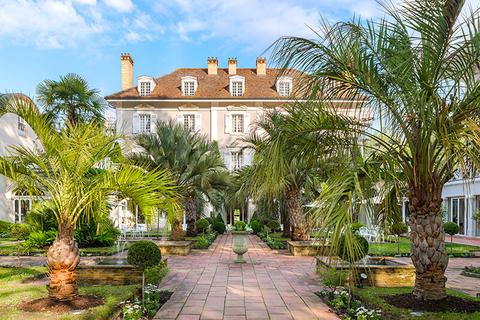 """Les Prés d\'Eugénie – Michel Guérard Earns """"Palace"""" Distinction ..."""