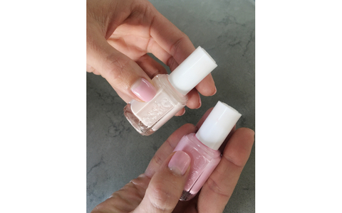 Mandy Moore's Emmy manicure by Essie.