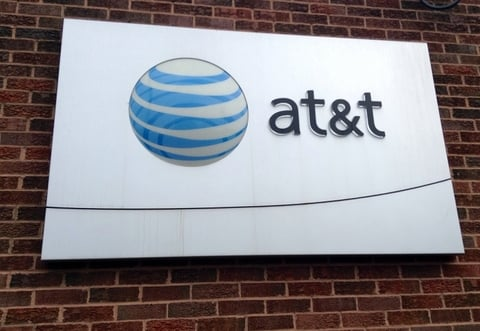 AT&T CEO says open to litigation on Time Warner deal