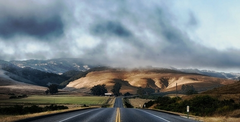 California (Pixabay)