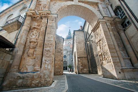 Besancon Porte Noire Rue de la Convention